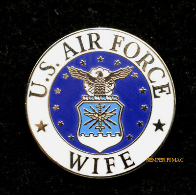 MY DAUGHTER IS IN THE US AIR FORCE HAT LAPEL PIN US MOM DAD GRADUATION GIFT WOW