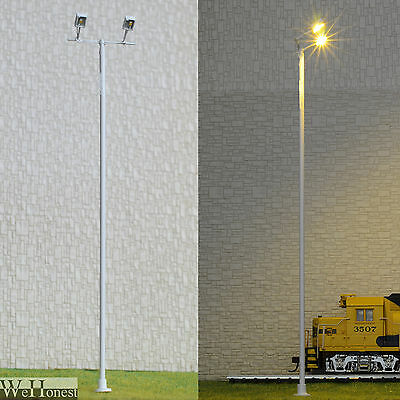 1 x O scale Plaza Lamp post Model led street light floodlight Square Lamp #012