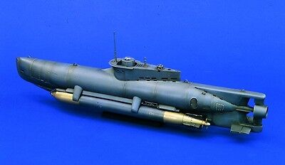 VERLINDEN PRODUCTIONS #0947 WWII Mini U-Boot Seehund in 1:35