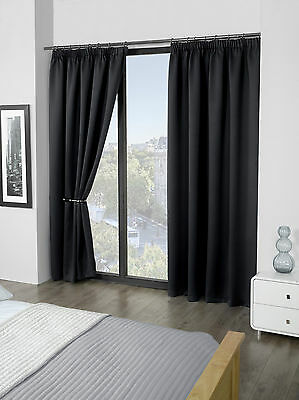 """Luxury Thermal Supersoft Blackout Curtains Black 45"""" x 54"""" (114cm x 137cm)"""
