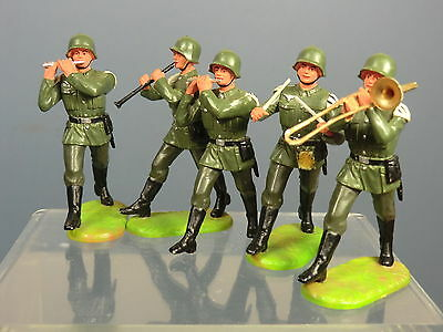 "ELASTOLIN MODELS  No.XX    "" 5 PLASTIC GERMAN BANDSMEN """
