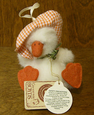 Boyds Ornaments #561930 Lula Quackwaddle, NEW/Tag From Retail Store,  Duck