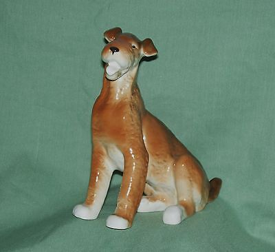 Airedale Terrier  Sitting  7""
