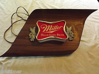 Vintage Bar 1970S Miller High Life  Beer Light Up Wall Sign