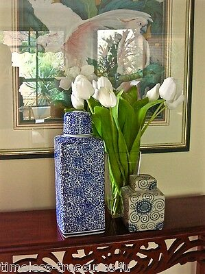 LARGE HAMPTONS CLASSIC STYLE BLUE AND WHITE CERAMIC GINGER JAR 33cm