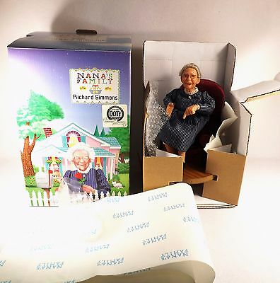 Adorable Nana's Family Doll Figure Nana In Chair Original Box Annie Wahl