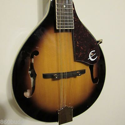 Epiphone MM-30S Classic A-style Mandolin Solid Spruce top w/DLX Hardshell Case