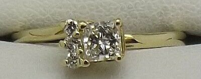Solid 18Ct Yellow Gold Natural Diamond Engagement/Dress Ring Valued At $2083