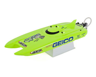PRB08019 Pro Boat Miss Geico 17-inch RTR Brushed Catamaran Boat