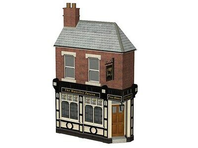 Bachmann Scenecraft OO Gauge 44-267 Low Relief Corner Pub