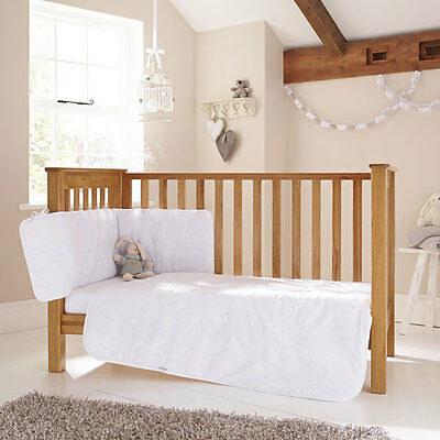 Clair de Lune Broderie Anglaise 3 Piece Cot/Cot Bed Quilt Bedding Bale, White