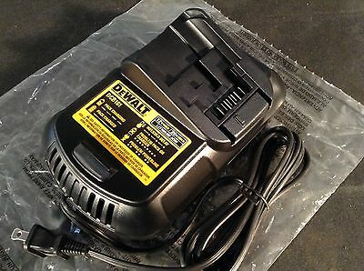 Dewalt DCB101 12V/20V MAX Lithium Ion Li-Ion Battery Charger Used