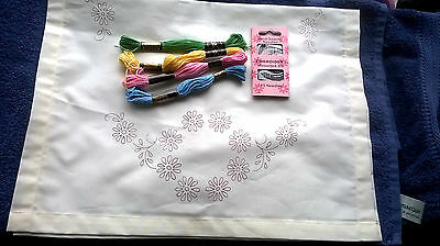 A Flower design Trolley cloth to embroider, with 4 threads & Embroidery needles