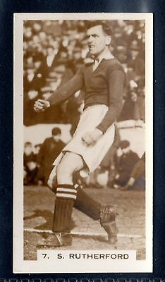 PATTREIOUEX FOOTBALLERS IN ACTION 1934-S. RUTHERFORD-PORTSMOUTH No.7