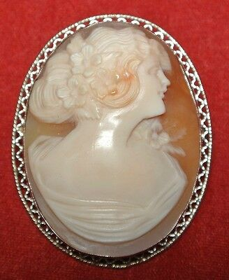 VINTAGE Detailed Hand Carved 14K Yellow Gold SHELL CAMEO LADY BROOCH / PENDANT