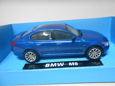 Bmw M5 New Ray  1/43