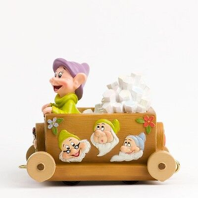Snow White and the Seven Dwarfs - Dwarf Train / Float Disney Showcase Collection