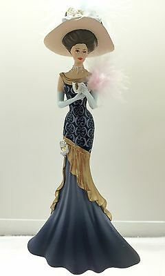A Graceful Faith Lady Figurine Thomas Kinkade Whispers of Victorian Elegance