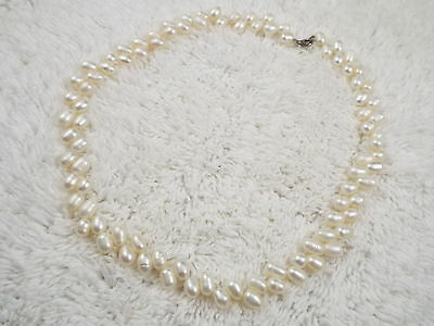 Cultured Freshwater Pearl Necklace (D30)
