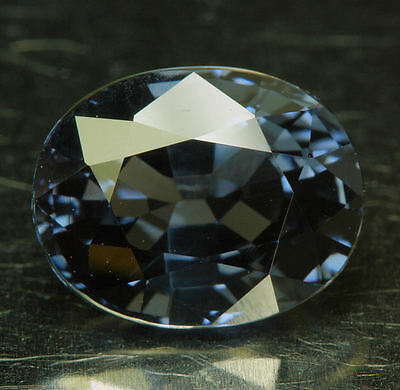 SPINELL        3,38 ct
