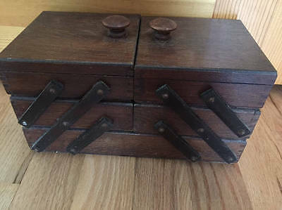 """Vintage Oak Wooden Sewing Box Expandable Accordion Dovetailed 13"""" x 7"""" VG Cond"""