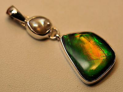 Sterling Silver Ammolite And Pearl Pendant