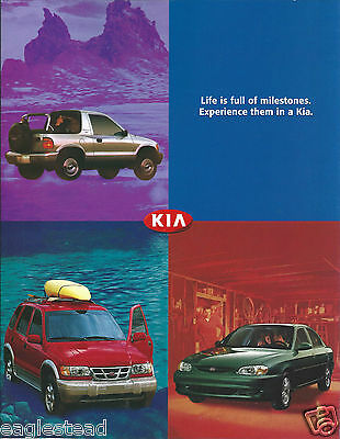 Auto Brochure - Kia - Product Line Overview - 2000  (AB932)
