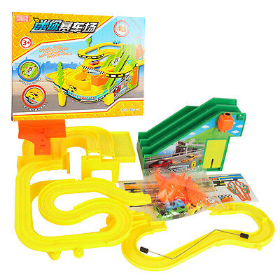 Electric Racing Car Track Toy with Sound / Light + 4 Racing cars Kids Toys Set