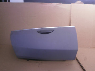 Peugeot 807 Executive 2003 Glove Box