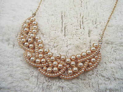 Goldtone White Bead Scoop Necklace (A32)