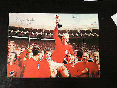 Roger Hunt - 1966 World Cup Winner - Excellent Signed Colour Photo