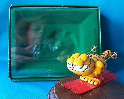 Enesco Ornament 1978 Garfield Holiday Skier In Box
