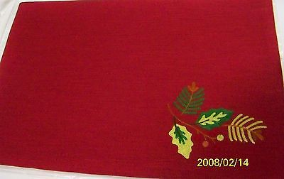 Longaberger Place Mats Placemats 2-Pk Holly Berry Fabric