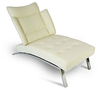 Modern Bauhaus Chaiselongue daybed with polished steel frame. Real leather creme