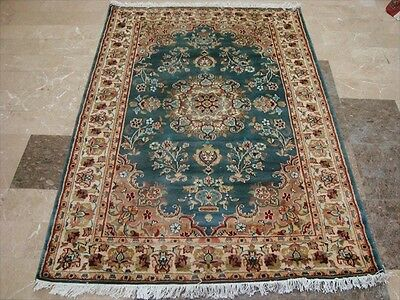 Exclusive Ivory Touch Flower Lovely Hand Knotted Rug Wool Silk Carpet 6X4