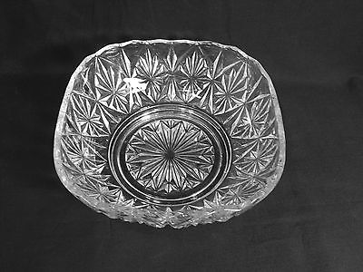 Vintage Clear Pressed Glass Triangle Star Design Serving Bowl Square Scalloped