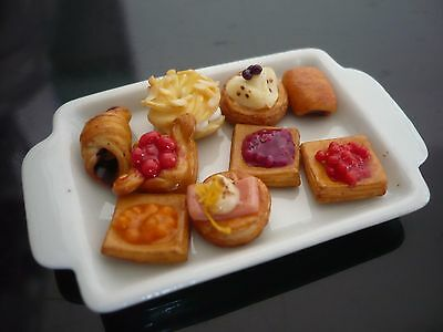 9 French Bread Bakery on Tray Dollhouse Miniatures Food Bakery Deco