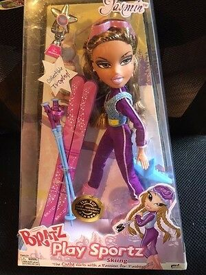 Bratz Sportz Sports Ski Skiing Yasmin Doll New Collectible trophy pink Skis