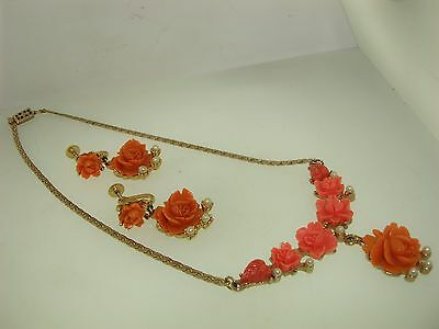 Beautiful 1940-50's Carved Celluoid Rose & Faux Pearl Necklace & Earrings! Minty