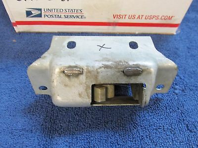 1953-54 Ford  Trunk Latch  Nos  716