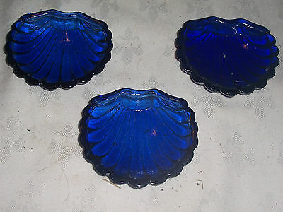 """3 x Cobalt Blue 4"""" Shell Shaped Glass Dishes"""