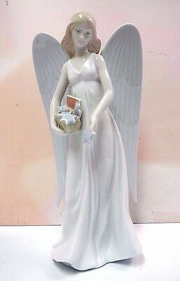 Angelic Stars Angel Tree Topper Holiday Porcelain Figurine By Lladro #8534