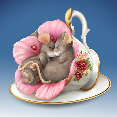 Tealightful Dreams Charming Tails Mouse in Teacup Figurine Bradford Exchange