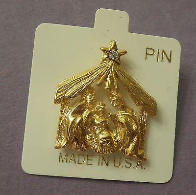 Gold Nativity Scene with Faux Diamond in the Star New Christmas Lapel Pin