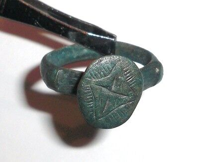 Ancient Byzantine Empire, c. 8th - 10th AD. Bronze Intaglio Signet Ring, Cross