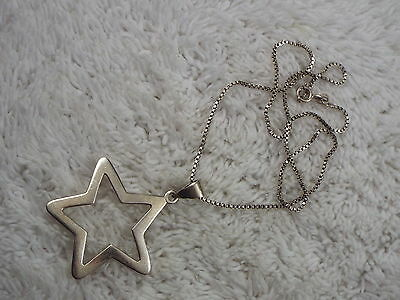 Sterling Silver Star Pendant Necklace (C48)
