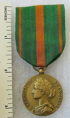 ORIGINAL Vintage FRANCE WW2 MEDAILLE DES EVADES FRENCH POW PRISONER ESCAPE MEDAL