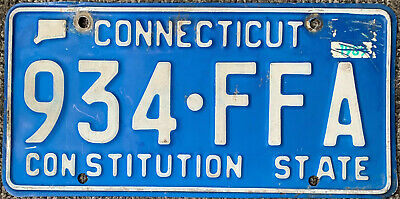 👍👍 AUTHENTIC USA 80's CONNECTICUT CONSTITUTION  LICENSE PLATE.