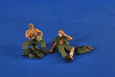 VERLINDEN PRODUCTIONS #2522 US Soldiers Wounded in Vietnam in 1:35