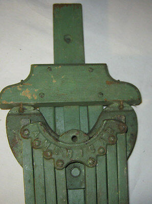 Antique American Primitive Country Wood Iron Clothes Wall Rack Dryer Holder Tool